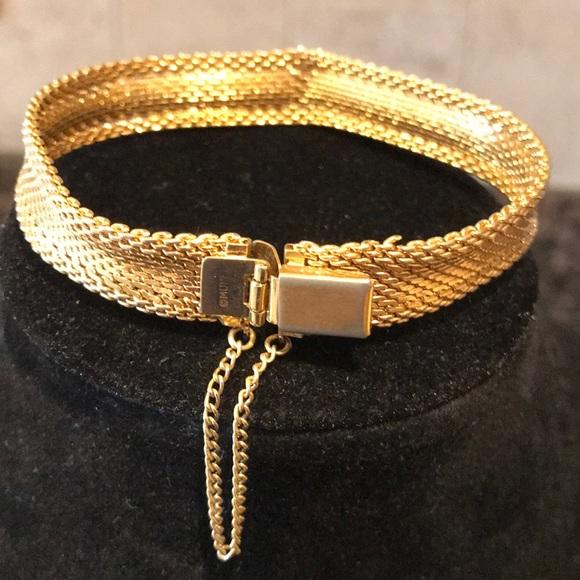 3/$15 Vintage Monet Gold Mesh Bracelet